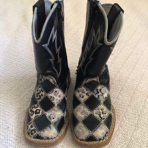 Girl's Cowboy Boots by Blazin Roxx